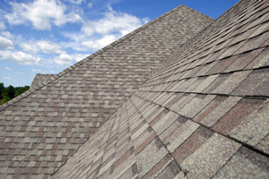 Homes roofed with asphalt shingles in Ellicott City